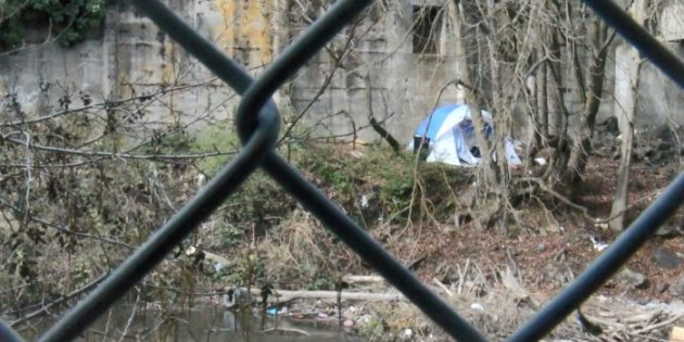 Law group promises to sue City of Medford over proposed camping ordinance